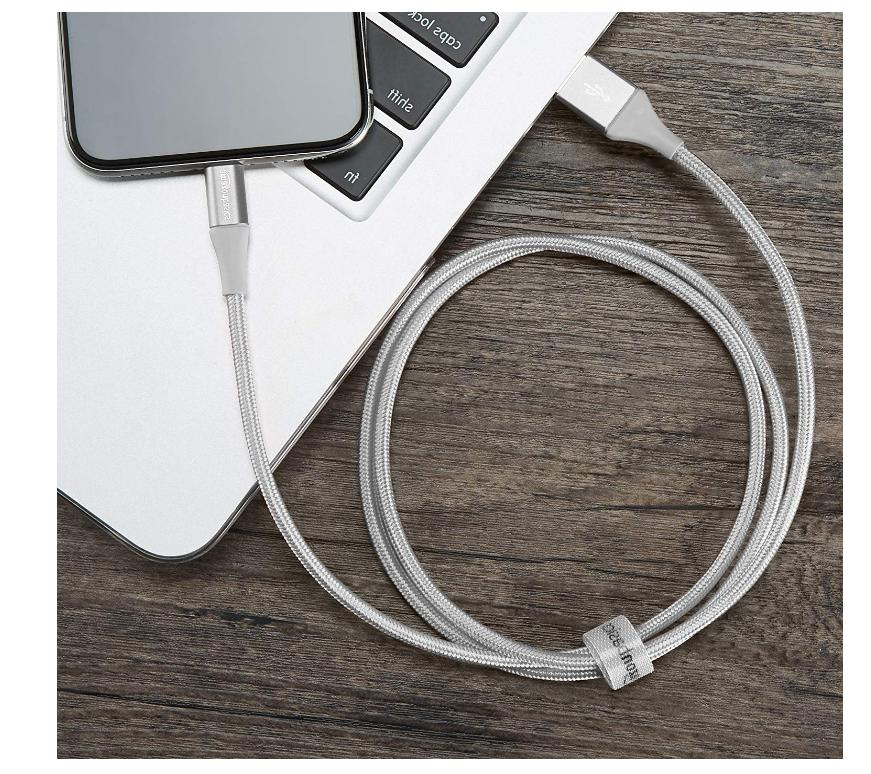 AmazonBasics USB Cable Charger Certified iPhone XS 6